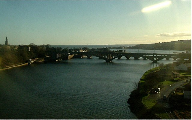 River Tweed and its road bridges at Berwick.