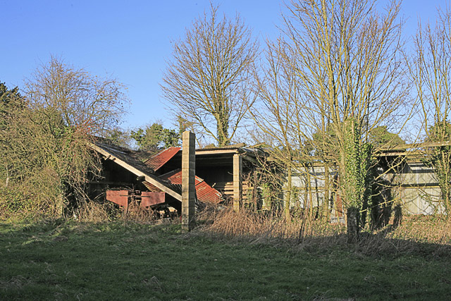 Derelict huts north of Bottom Bungalow, nr Chilton Candover