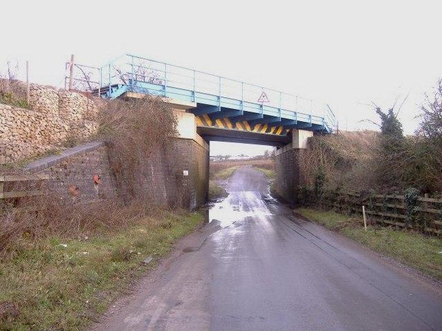 Rail overbridge, west of Wootton Bassett