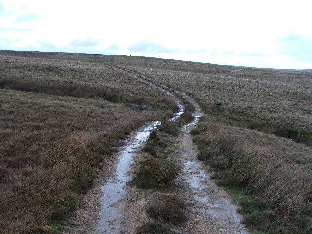 Shooters Track Crosses Washfold Gill.