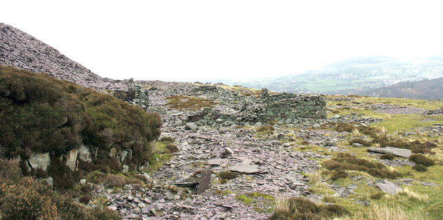 Ruined slate mill at Cefn Du Quarry