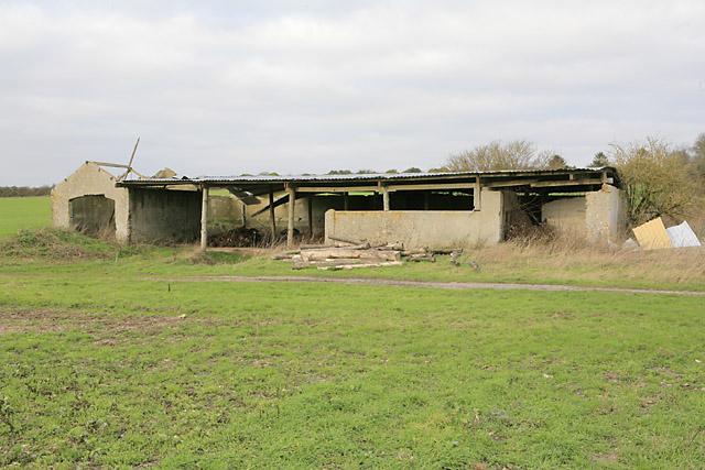 Derelict barn on Abbotstone Down