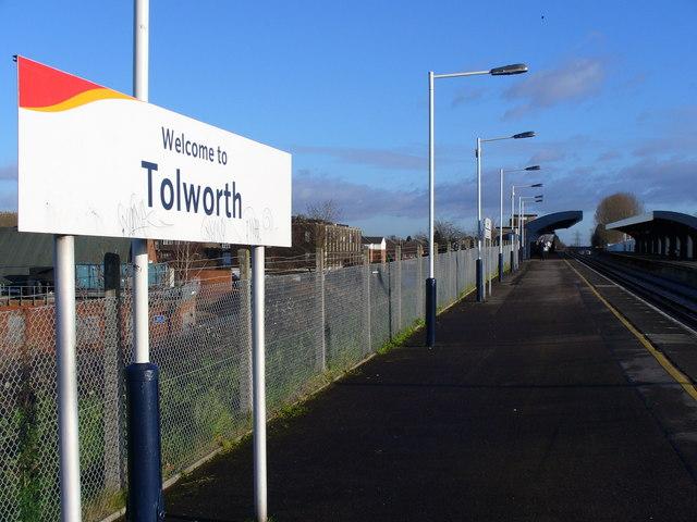Tolworth Station