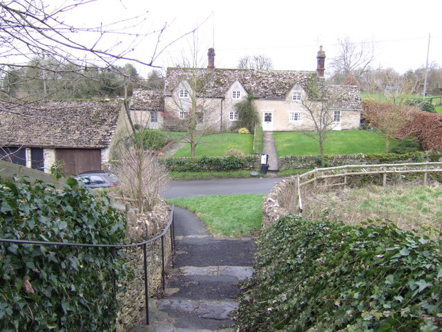 Cottages in Eastleach Turville