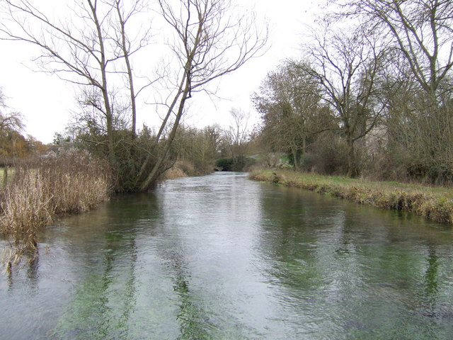 River Leach looking upstream
