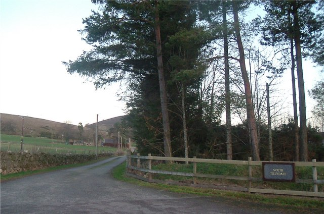 Entrance to South Tillydaff