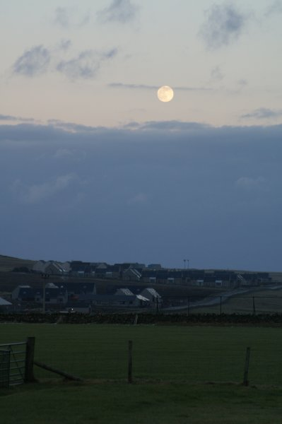 Full moon over Nikkavord Lea and SHE