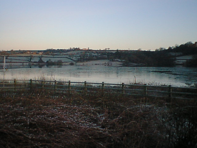 Ogston Reservoir (Frozen)