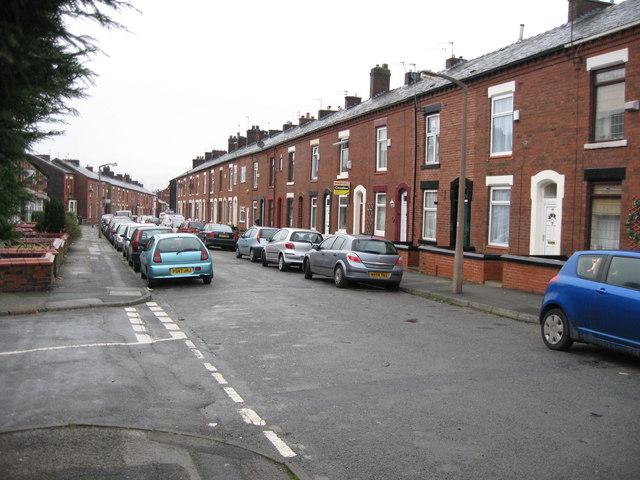 Hollinhall Street Oldham