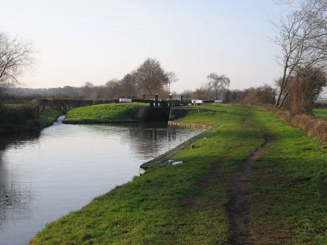 Common Lock Trent and Mersey canal