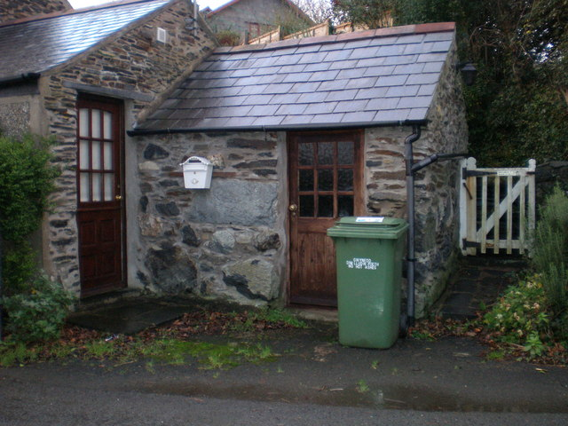 Wales's second smallest house?