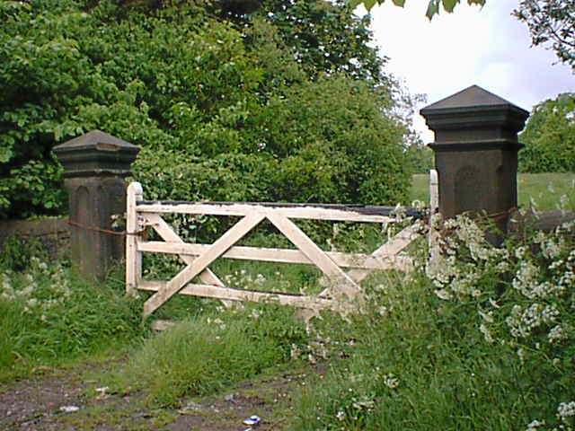 Gateway from Badger Lane to Stubben Edge Hall Grounds