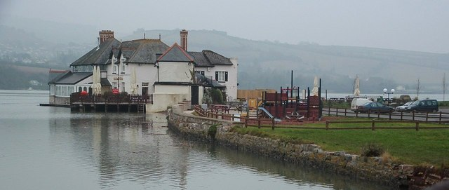 Coombe Cellars Public House