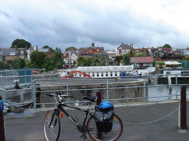 Teddington Lock with bike