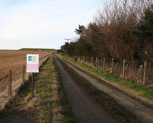 Lane to Hill of Brackans reservoir.