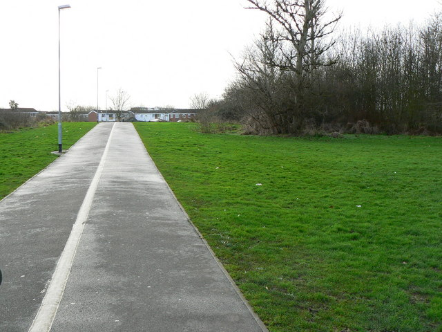 Footpath/cycletrack from Dorcan Way to Eldene Drive, Swindon