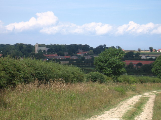 Peddars Way approaching Ringstead