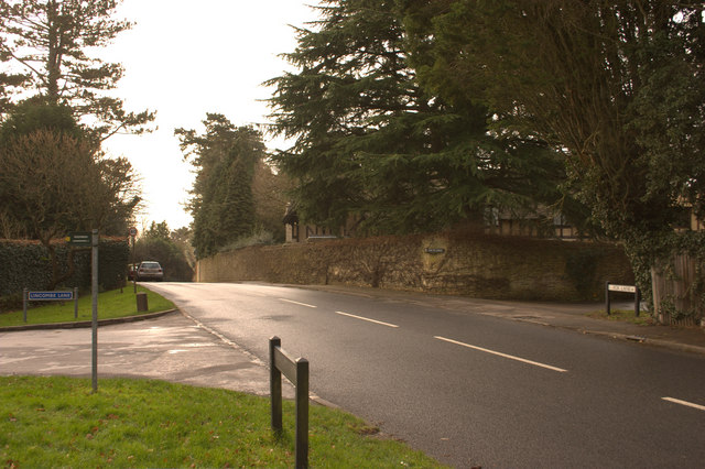 Junction of Fox Lane and Lincombe Lane