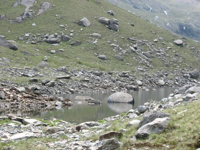 Moraine dammed lagoon on the south side of Llyn Llydaw