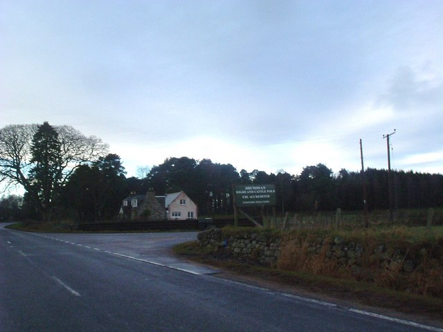 Entrance to Mains of Drumduan