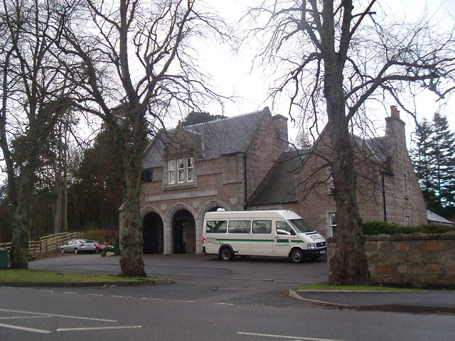 War Memorial Buildings, Aboyne