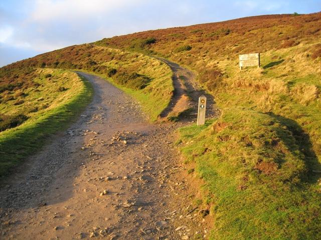 Offas Dyke Path near Bwlch Penbarras