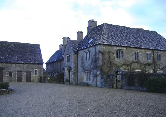 Pinkney Court