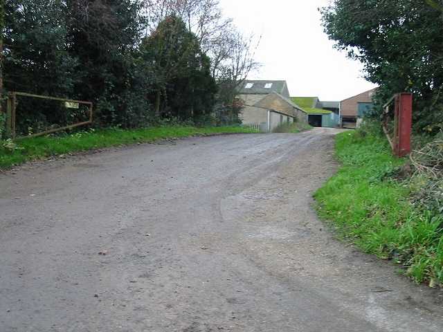 Farm entrance, Lower Goldstone.