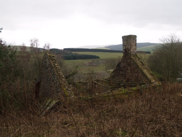 Ruined cottage, Middletoun