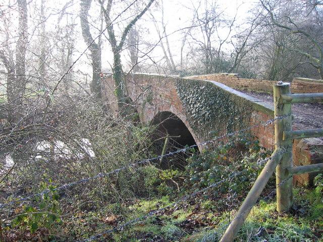 Bridge over Lin Brook