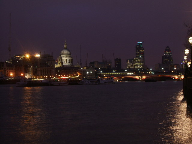 View of the City from the Southbank, Christmas eve 2006
