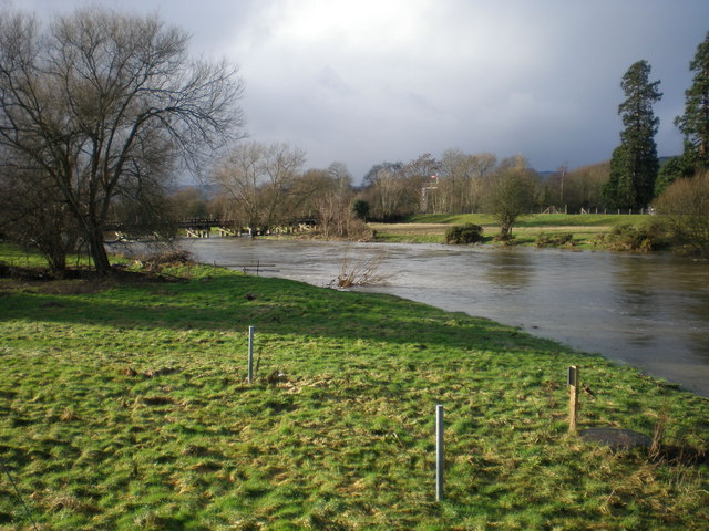 Swollen River Severn at Caersws.