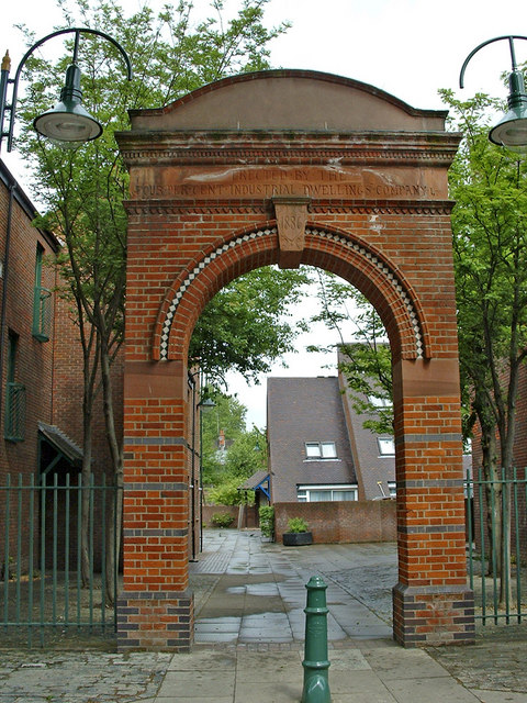 Gateway erected in 1886 by the Four Per Cent Industrial Dwelling Company Ltd.