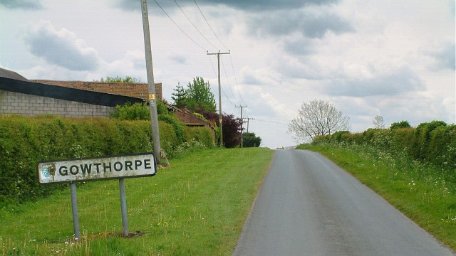 Entering Gowthorpe