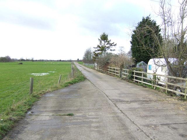 Road to Buckland Marsh Farm