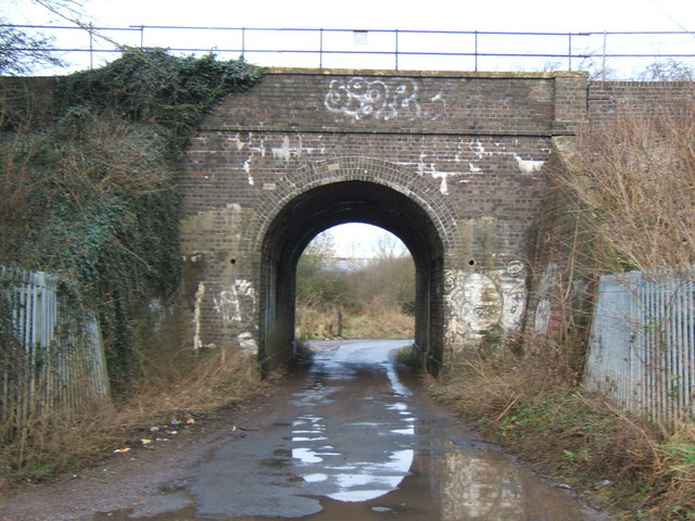 railway bridge on National cycle route 45
