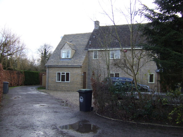 New house in Kelmscott