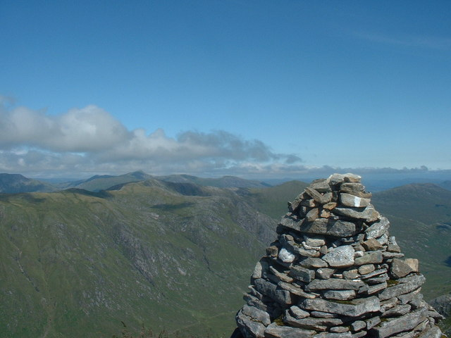 Summit Cairn, Gleouraich