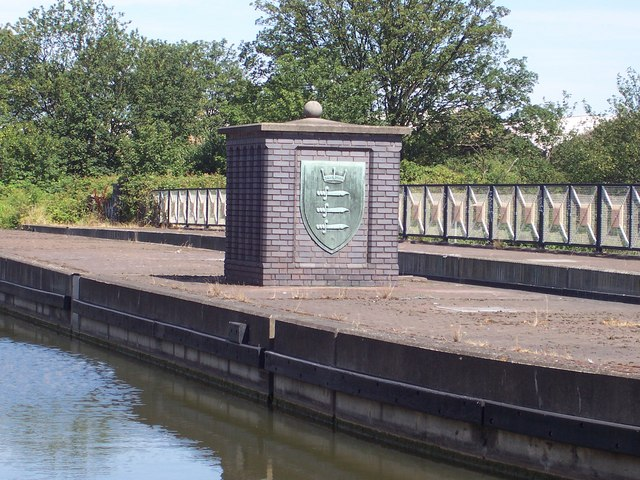 Grand Union Canal - Harlesden  NW10