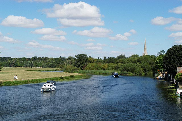 River Great Ouse at St Ives, Hemingford Meadow (left) and Holt Island (right)