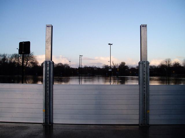 Flood defences at Frankwell car park, Shrewsbury