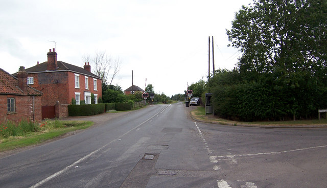 Junction of Station Road and Owmby Lane