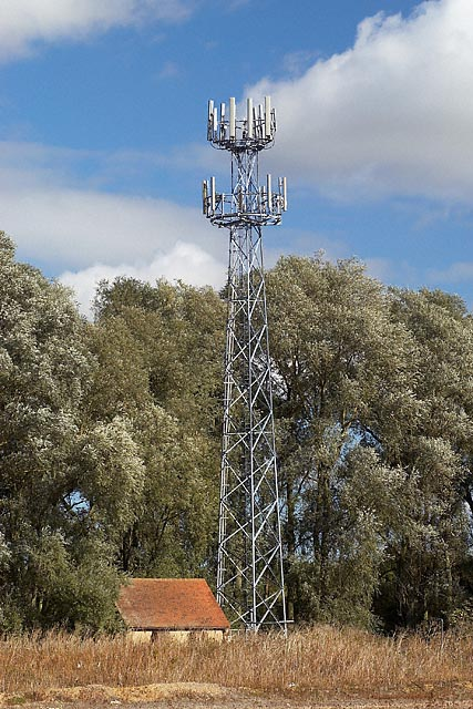 Mobile phone mast at galley hill junction on A14