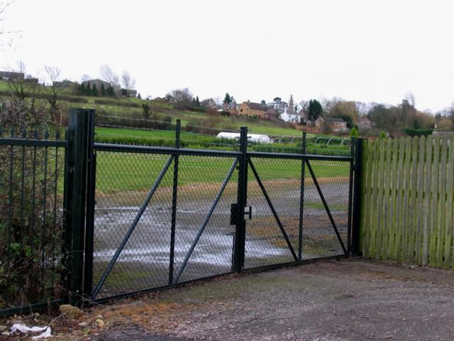 Middleton through some gates