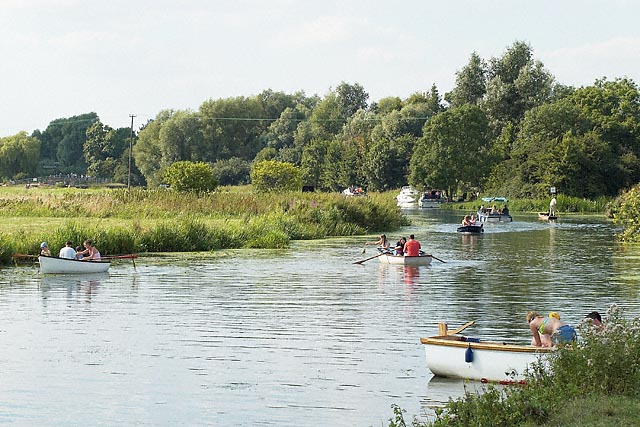 Pleasure boats on the River Great Ouse just below Houghton