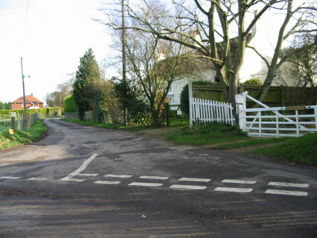 Junction of minor road with Ratling Road.