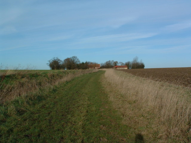Footpath To Hine's Farm