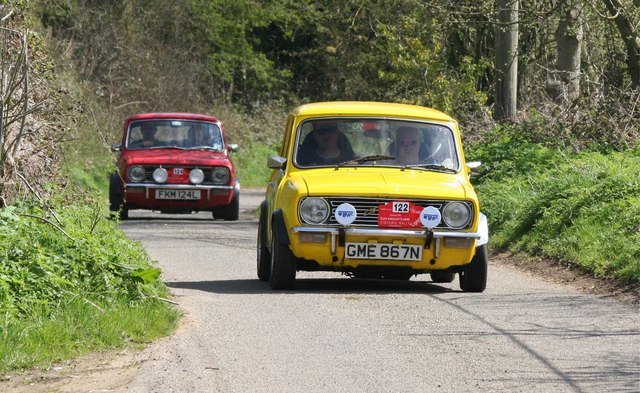Vintage Rally passes through Horningtoft