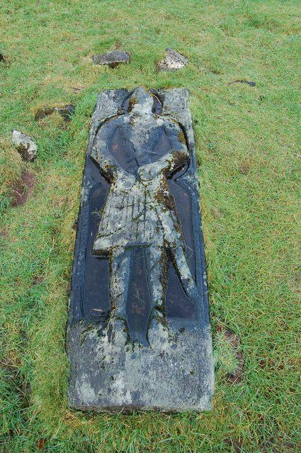 Ancient grave on Saint Columba's Isle