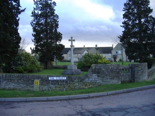 War memorial, Charlton
